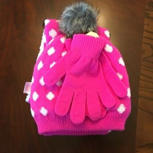 Other - Girls Scarf, gloves and beanie Set